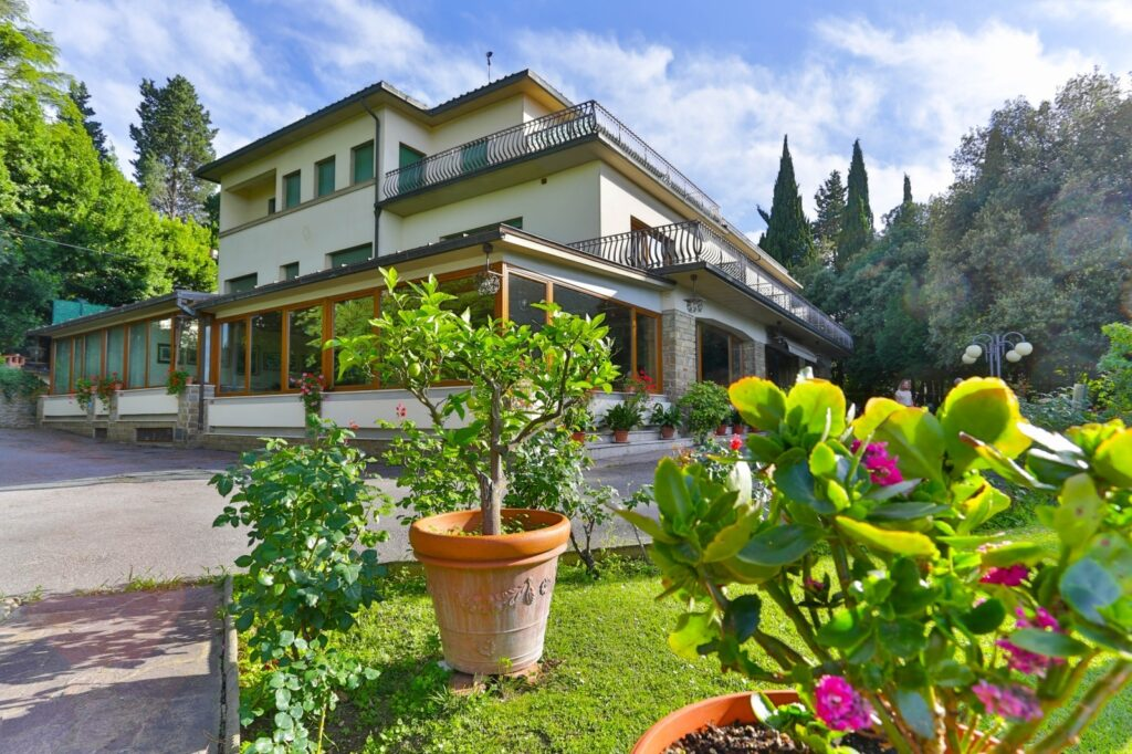 Marvelous Hotel in area of Poggio Imperiale – Florence